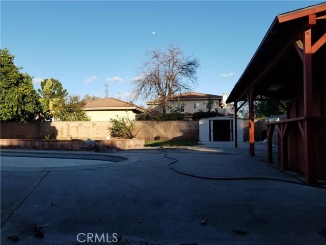 5608 N Willard Avenue, San Gabriel CA: http://media.crmls.org/medias/edb9a623-34d2-4031-9a0c-9f401a828b16.jpg