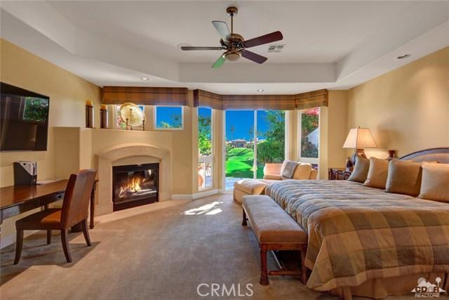 49170 Rancho Pointe, La Quinta CA: http://media.crmls.org/medias/edcba508-3f5f-494c-b174-9e83e34bac20.jpg