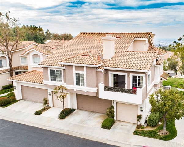 One of New Listing Anaheim Hills Homes for Sale at 1043 S Rising Sun Court
