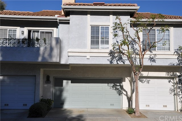 8055 E Sandstone Drive, Anaheim Hills CA: http://media.crmls.org/medias/edddcb2a-4220-4b21-94e9-d1d9ba1da839.jpg