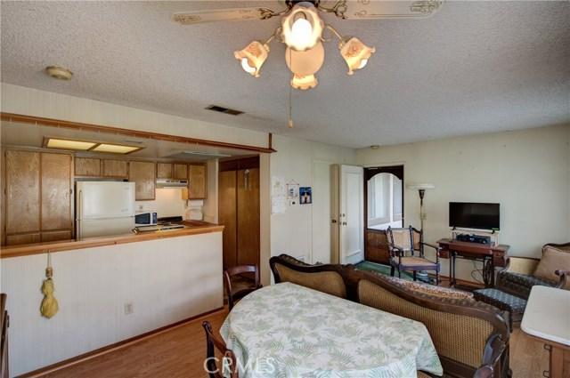 3709 Country Oaks, Ontario CA: http://media.crmls.org/medias/eddfd246-7b25-4638-b0b0-e1b071c8f2b0.jpg