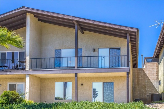 195 Summit View Drive, Calimesa CA: http://media.crmls.org/medias/ede10871-f34c-413a-85d8-0059af4196b2.jpg