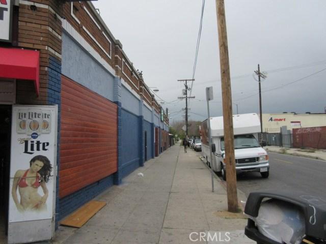 2600 Southwest Dr, Los Angeles, CA 90043 Photo 2