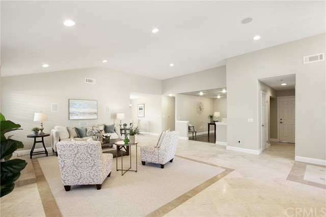 8742  Luss Drive,Huntington Beach  CA