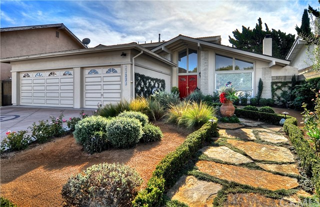 11334 Coriender Avenue, Fountain Valley, CA 92708, photo 2