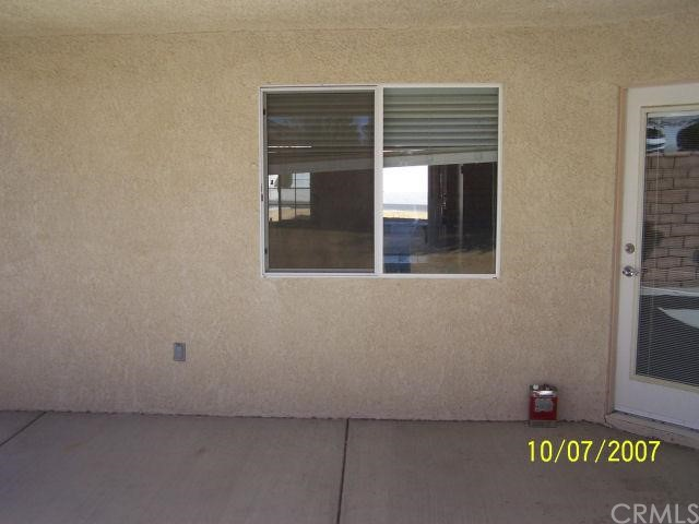 17803 Canyon Meadow  Victorville CA 92395