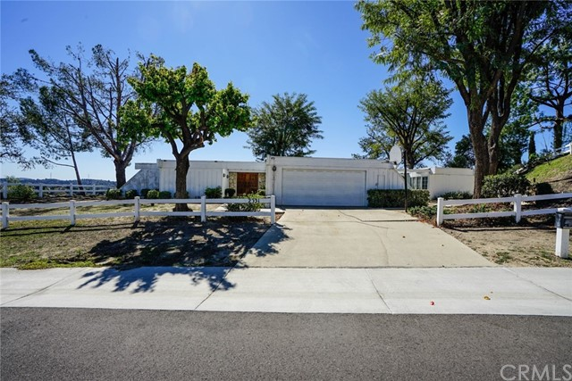 Detail Gallery Image 1 of 33 For 2031 Rusty Spur Rd, Diamond Bar,  CA 91765 - 3 Beds | 3 Baths