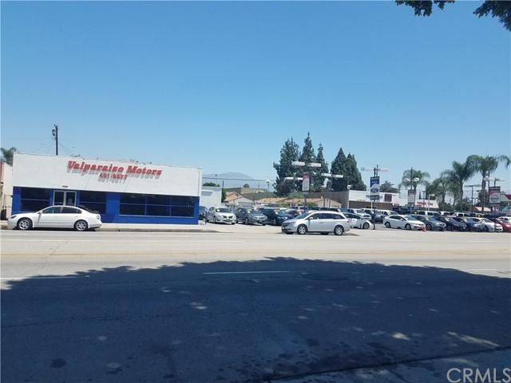 零售 为 销售 在 11203 Garvey Avenue El Monte, 91733 美国