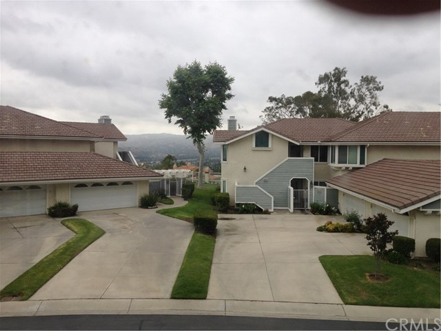 5572 E Stetson Court Anaheim Hills, CA 92807 is listed for sale as MLS Listing PW17104270