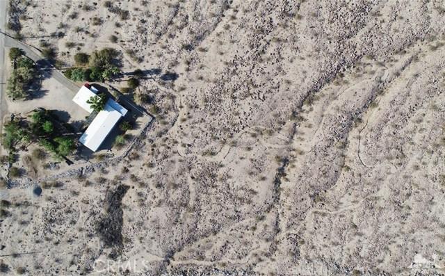 26201 Hopper Road, Desert Hot Springs CA: http://media.crmls.org/medias/ee4cf2d0-f0ee-4159-9827-8606e791c35e.jpg