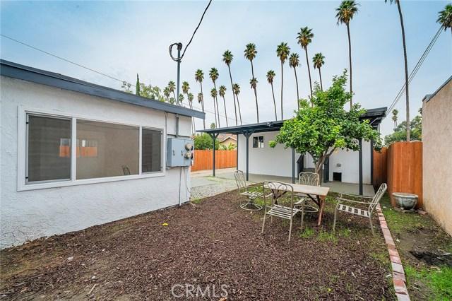 1106 W 56th Street, Los Angeles CA: http://media.crmls.org/medias/ee5499de-5d9a-438a-8111-445871583db5.jpg