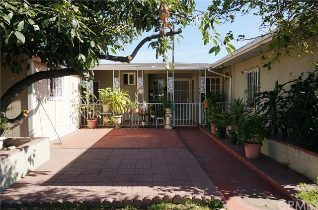 Single Family Home for Sale at 1901 South Fairview St 1901 Fairview Santa Ana, California 92704 United States