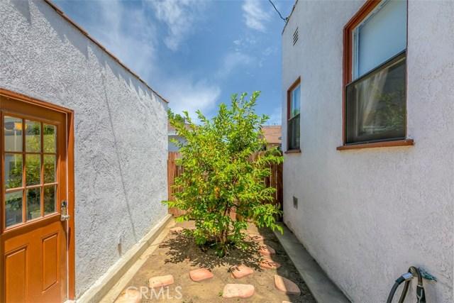 1611 S Fremont Avenue, Alhambra CA: http://media.crmls.org/medias/ee668eb3-f90c-427b-9636-26a7f1e4d471.jpg