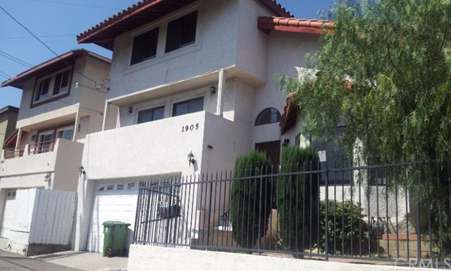 $750,000 - 5Br/4Ba -  for Sale in Los Angeles