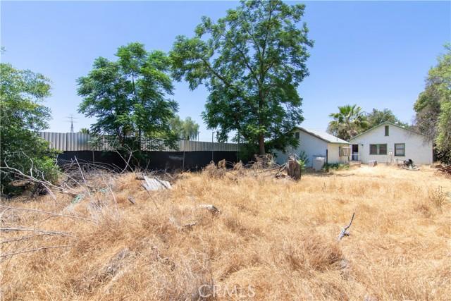 845 Preston Street, San Bernardino CA: http://media.crmls.org/medias/ee6a9224-de5b-4f78-823c-ebdeb16ad8d0.jpg
