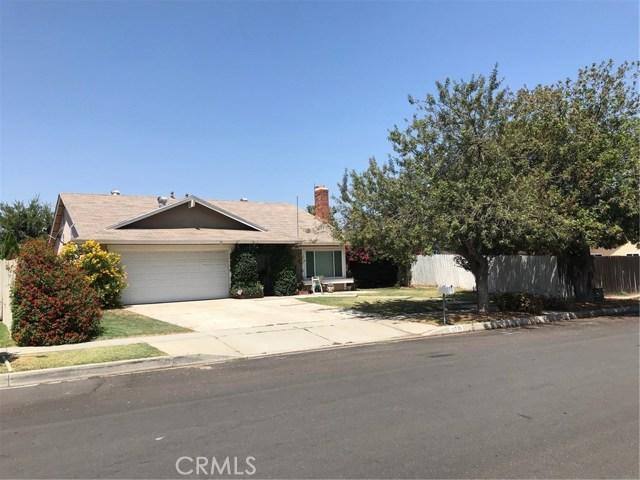 12770 Darwin Avenue, Grand Terrace CA: http://media.crmls.org/medias/ee860a50-e194-4cb9-9610-1cb939397faf.jpg