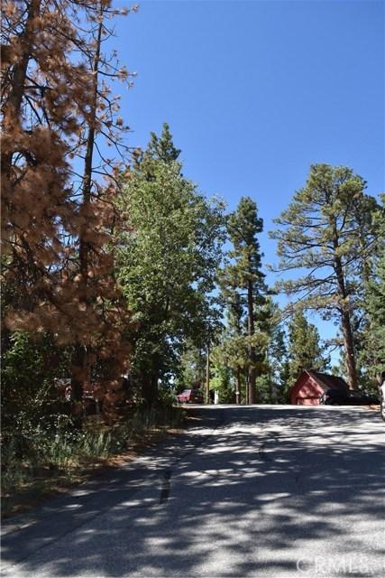 416 Vista Lane, Big Bear CA: http://media.crmls.org/medias/ee8e0309-2c91-4bd1-b0d6-86ae1f503c2d.jpg