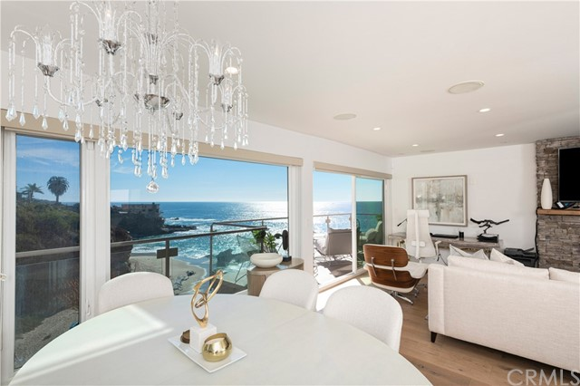 Detail Gallery Image 1 of 22 For 31561 Table Rock Dr #201,  Laguna Beach,  CA 92651 - 2 Beds | 2 Baths