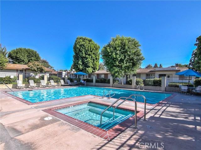 2156 S Balboa Plaza, Anaheim CA: http://media.crmls.org/medias/eeb3a856-70aa-4300-bade-b3ad6455181d.jpg
