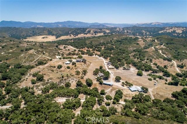 2155 Saucelito Creek Road, Arroyo Grande CA: http://media.crmls.org/medias/eebad2a1-75d0-4613-8e01-385811cd3dcf.jpg
