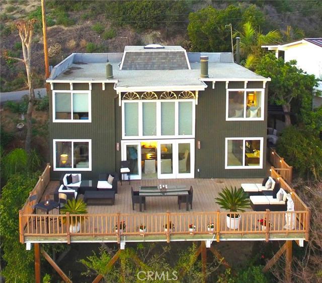 1585 Bluebird Canyon Drive Laguna Beach CA  92651