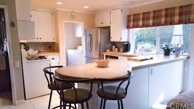 2746 Velarde Drive Thousand Oaks, CA 91360 - MLS #: OC17252564
