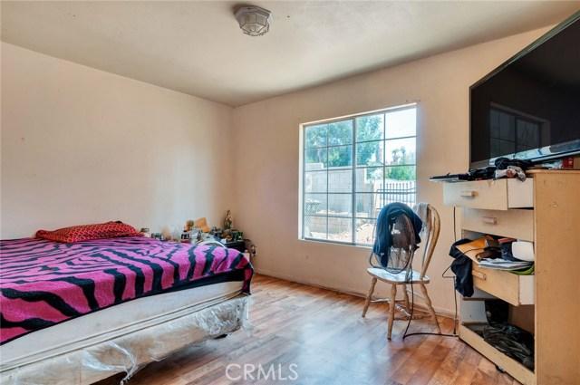 5198 Cedar Street, Riverside CA: http://media.crmls.org/medias/eeceaf5c-fa81-4506-aecb-b5877ab2df9d.jpg