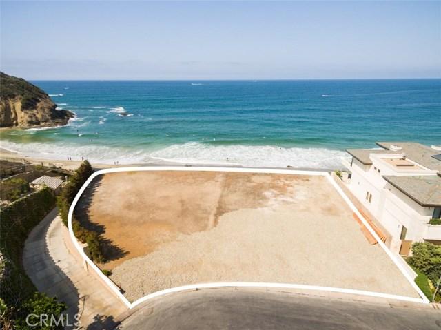 1 Strand Beach Drive, Dana Point CA: http://media.crmls.org/medias/eed118c8-8c01-48d3-b1cc-4e43b73915c6.jpg