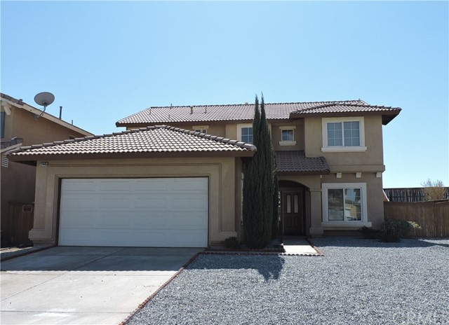 独户住宅 为 销售 在 12445 Kelsey Street 12445 Kelsey Street Victorville, California 92392 United States