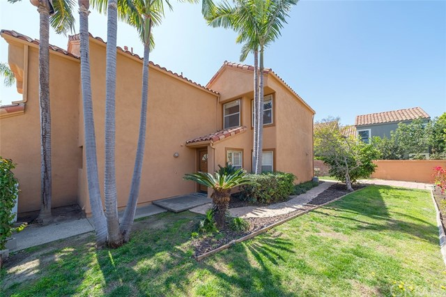 1 Almeria, Irvine, CA 92614 Photo 2