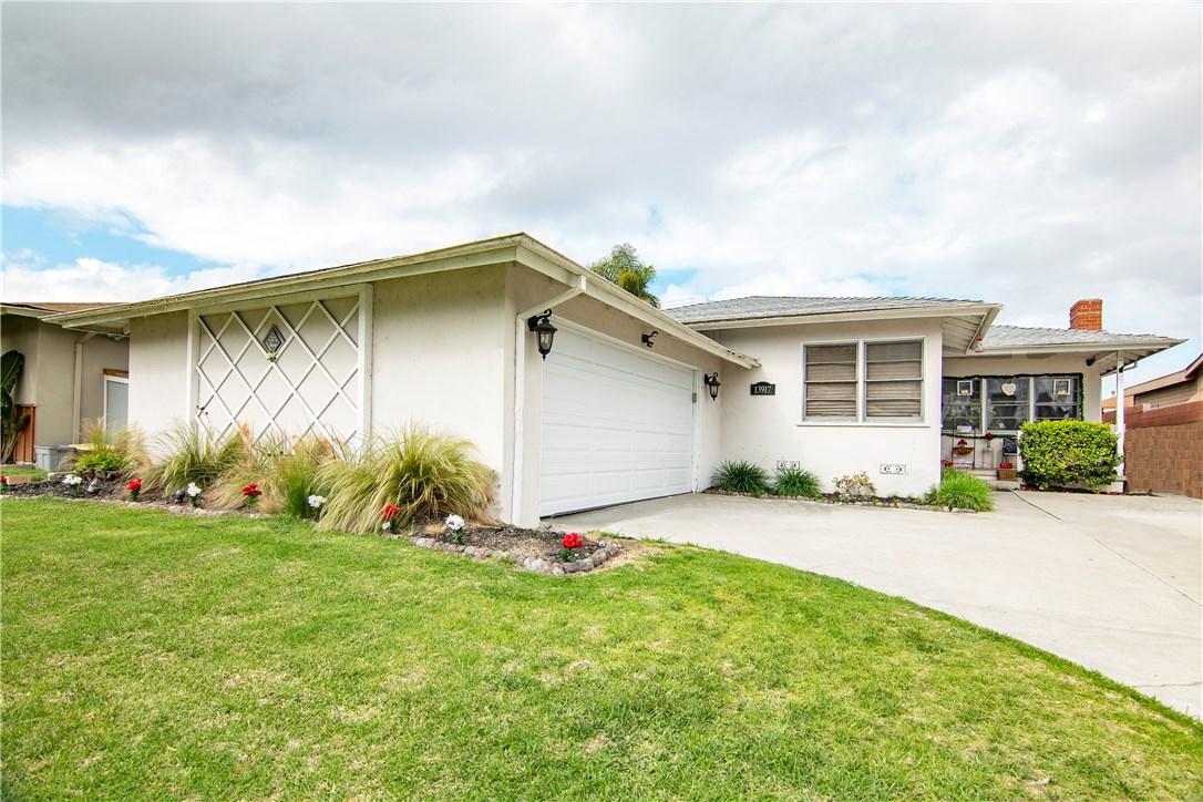 13917 Wilkie Avenue, Gardena, California 90249, 3 Bedrooms Bedrooms, ,2 BathroomsBathrooms,Single family residence,For Sale,Wilkie,SB20070744