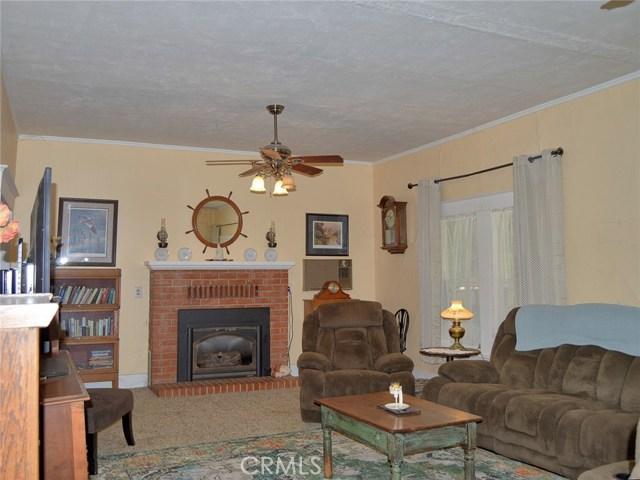246 S Plumas Street, Willows CA: http://media.crmls.org/medias/ef021910-682b-413e-b4c7-911388b1a912.jpg