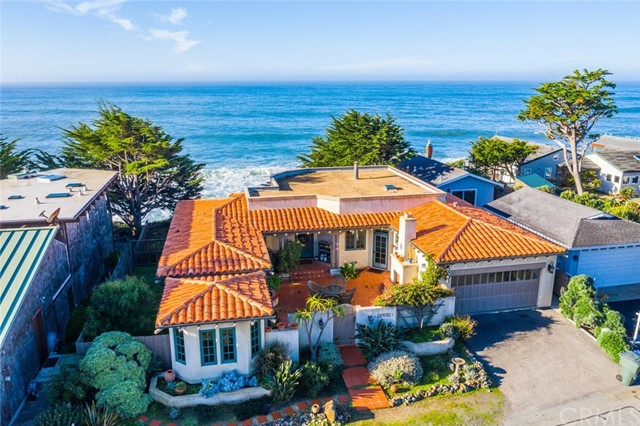 1925  Sherwood Dr., Cambria, California