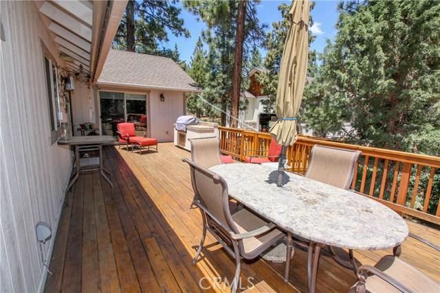 1480 Willow Glenn Court, Big Bear CA: http://media.crmls.org/medias/ef0d746e-89f3-47cd-84cf-f7d9a575d38d.jpg