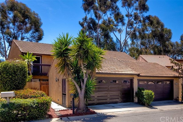 2043  Avenue Of The Trees,Carlsbad  CA