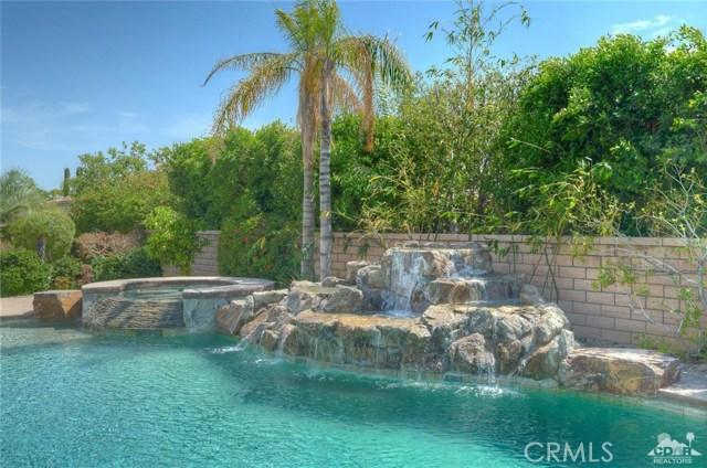 21 Toscana Way, Rancho Mirage CA: http://media.crmls.org/medias/ef206d07-b322-47a8-8f34-5af79389d8fa.jpg