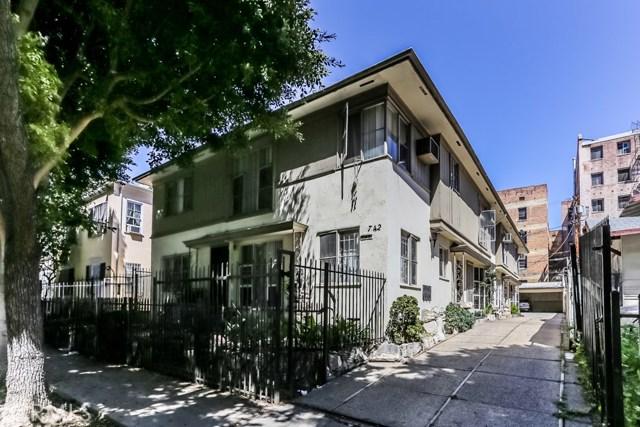 742 Irolo Street
