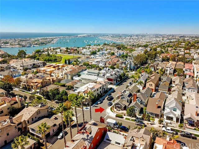 501 Dahlia Avenue, Corona del Mar, CA 92625