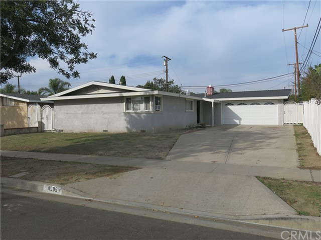 4909 Lehnhardt Avenue, Santa Ana, CA, 92704
