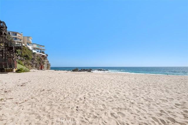 31835 Pacific Coast Highway, Laguna Beach CA: http://media.crmls.org/medias/ef4b443c-442a-4cab-9caf-8a9e1268f153.jpg