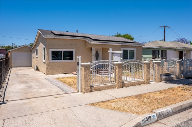 Detail Gallery Image 1 of 1 For 16319 S Essey Ave, Compton,  CA 90221 - 4 Beds | 1 Baths