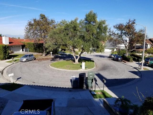 2901 Oakwood Lane, Torrance CA: http://media.crmls.org/medias/ef4eddf2-a74d-4cee-b2ab-d17038f22e5e.jpg