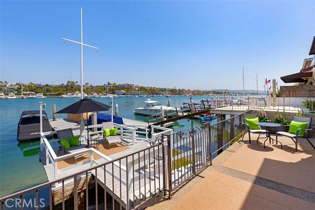 208 Via Lido Nord, Newport Beach CA: http://media.crmls.org/medias/ef55a6ff-14e9-4288-b71d-f5fc91654934.jpg
