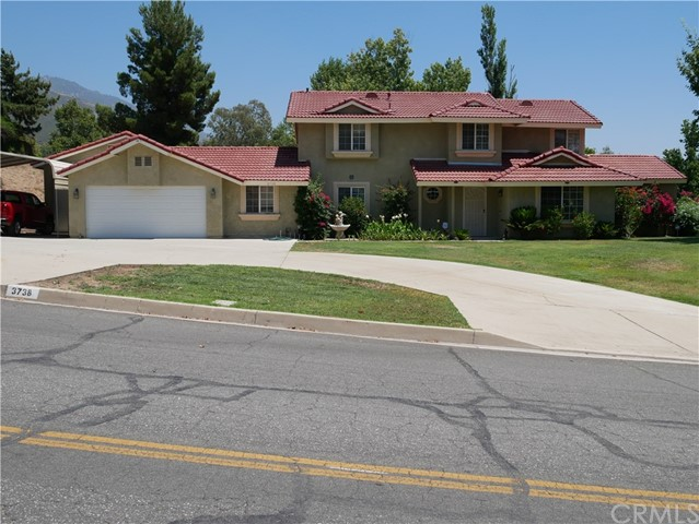 3738 W Meyers Road, San Bernardino CA: http://media.crmls.org/medias/ef56cdfb-e3dc-4b80-ac56-01878202e968.jpg
