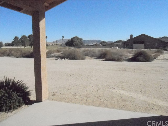 4659 Saddlehorn Rd, 29 Palms, CA 92277