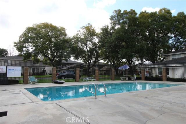 3008 Knollwood Avenue, La Verne CA: http://media.crmls.org/medias/ef5abbd1-8c7f-4945-bb17-89c8fc9a8f05.jpg