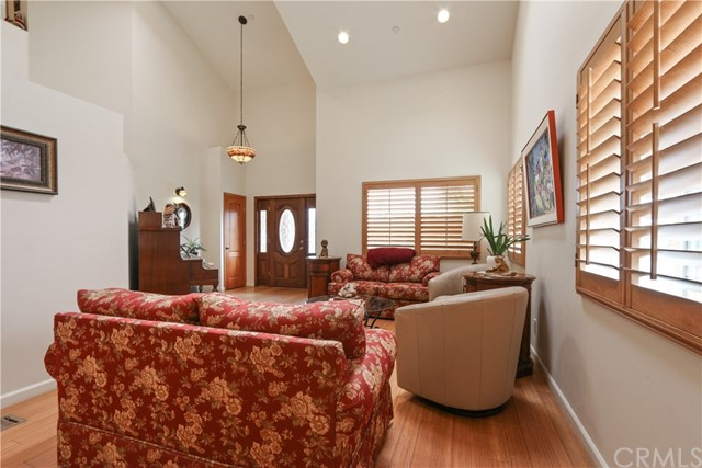 10943 Cord Avenue, Downey CA: http://media.crmls.org/medias/ef5c635b-2413-4600-b3a3-1e2935890d4c.jpg