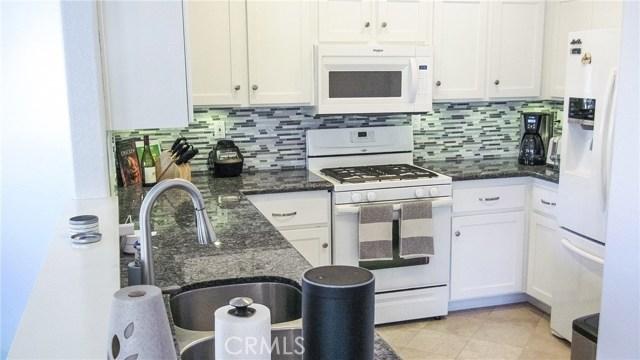 7826 E Horizon View Drive, Anaheim Hills CA: http://media.crmls.org/medias/ef63d48c-1713-489f-97e6-b5bcdb5bf185.jpg