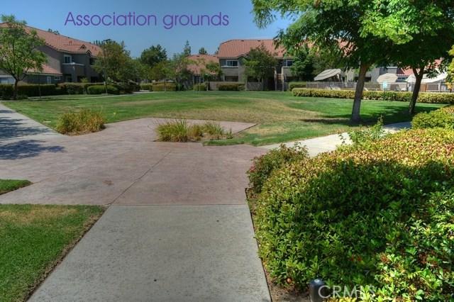 200 E Alessandro Boulevard, Riverside CA: http://media.crmls.org/medias/ef65b160-9476-498d-beb9-1671b96a559a.jpg