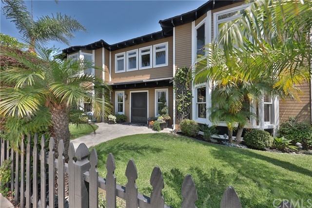 707 Hill Street, Huntington Beach, CA, 92648